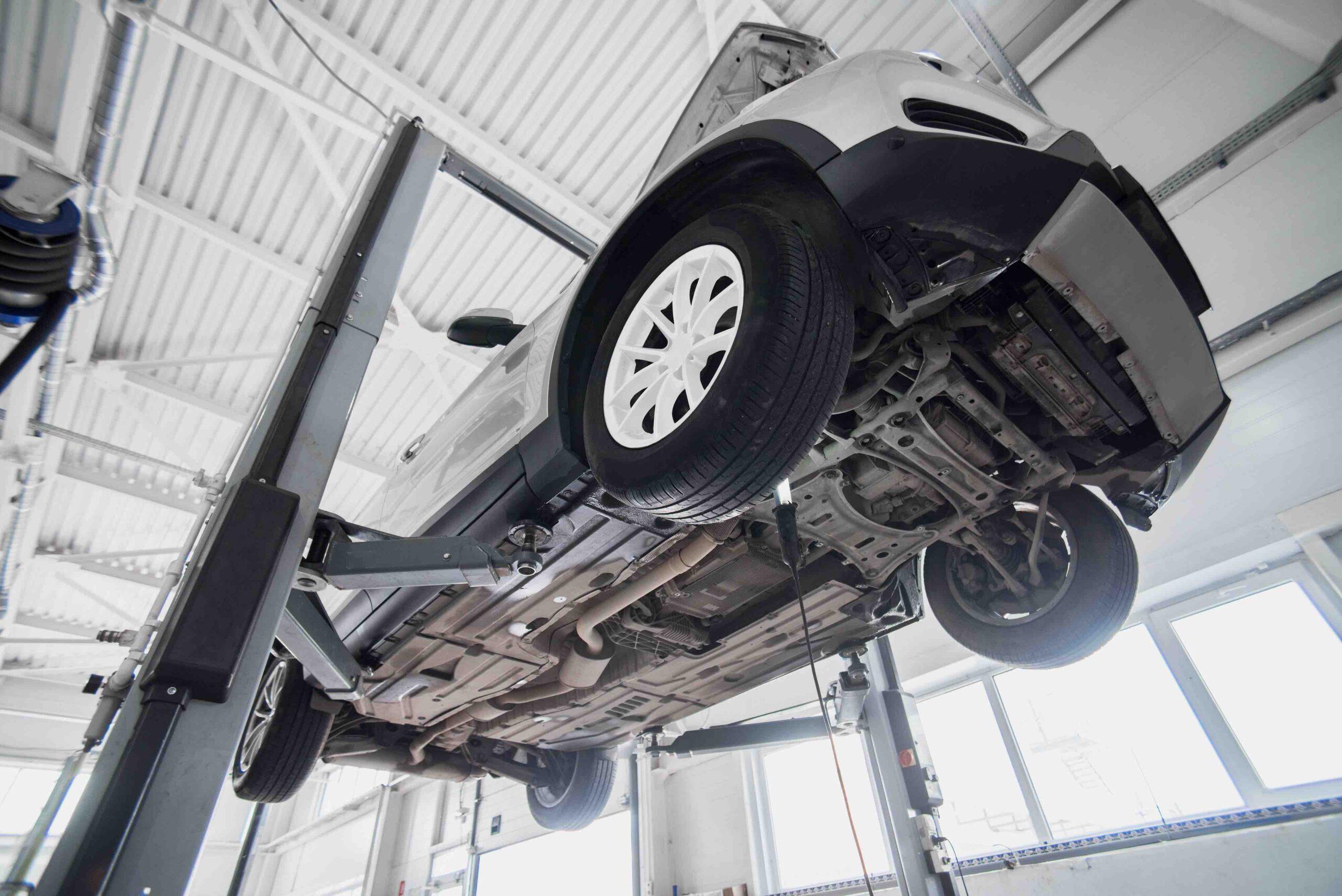 AXPERT_Motor-Chassisreinigung